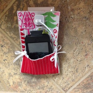 Guest Phone Hangout | ReannaLily Designs | Small Sewn Gifts