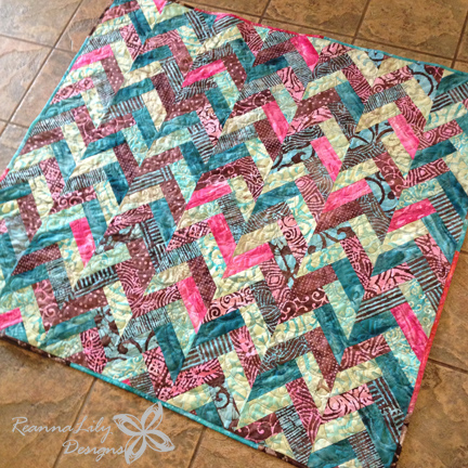 Batik Braid Quilt Tutorial by Jen Eskridge | ReannaLily Design
