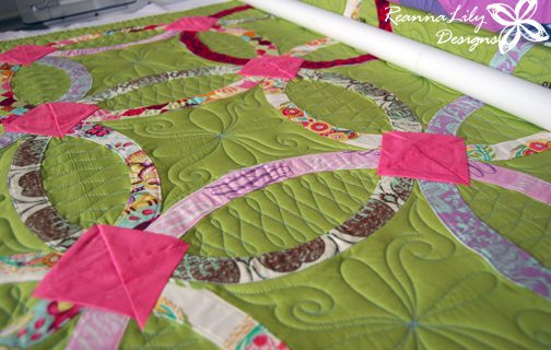 Quilting a Double Wedding Ring Quilt