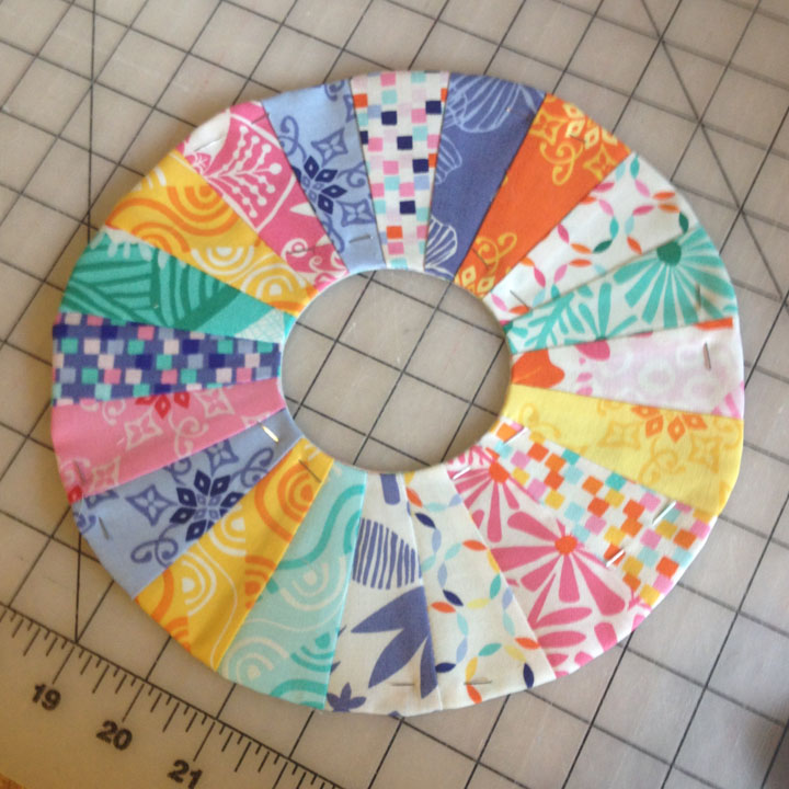 Mini Dresden Applique   ReannaLily Designs   Learn to Sew Easy Curves