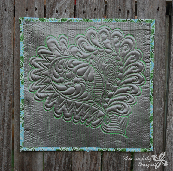 Graffiti Quilting Heart | Satin Mini Quilt | Jen Eskridge | ReannaLily Designs