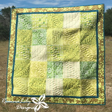 Green Patchwork Baby Quilt | Jen Eskridge | ReannaLily Designs | ReannaLily Quilts