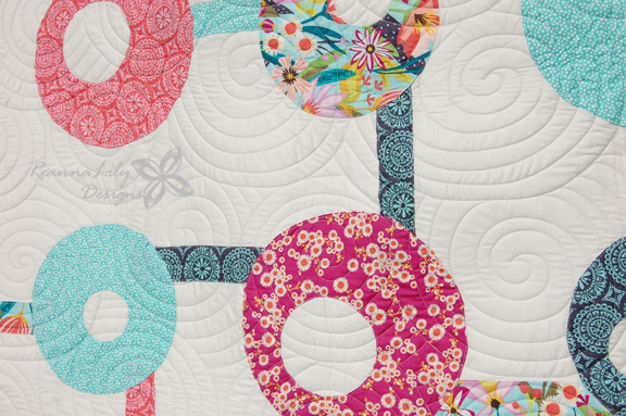 Tic Tac Whoa! Quilt by Jen Eskridge | ReannaLily Designs | Longarm Quilting Detail | ReannaLily Quilts