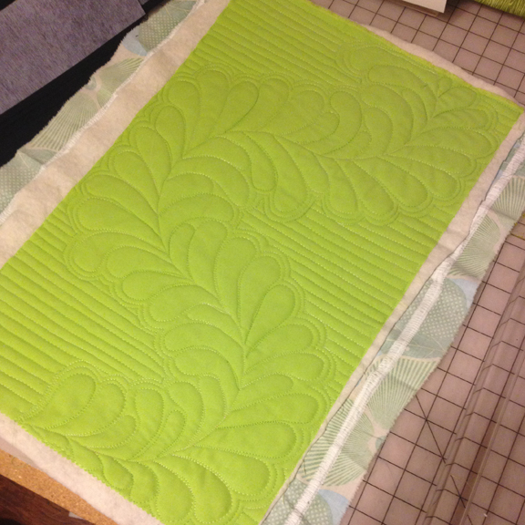 Free Motion Quilted Feathers | ReannaLily Designs