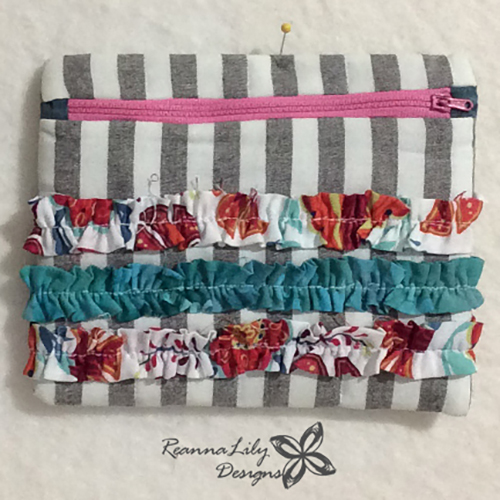 Project Quilting | Textured Ruffle Bag | Binding Scraps | ReannaLily Designs | Seamingly Accurate