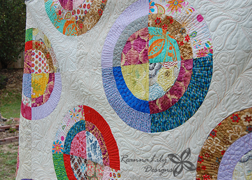 Scrappy Circles Quilt | Jen Eskridge | ReannaLily Designs | ReannaLily Quilts